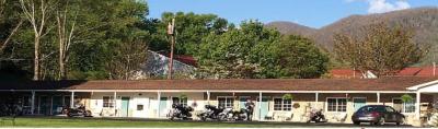 Maggie Valley Cardinal Inn