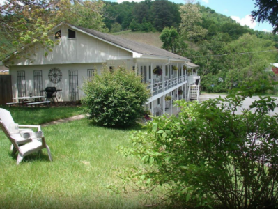The Hearth and Home Inn