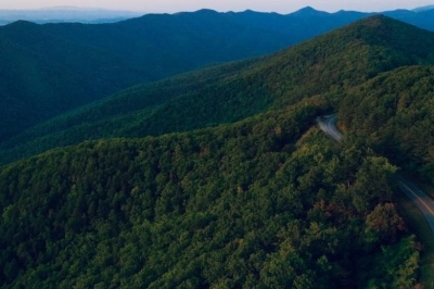 Preparing for Post-Pandemic Revenge Travel? Here are five reasons to enjoy the Blue Ridge Mountains