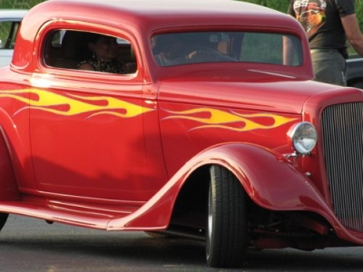 Street Rods, Antiques, Classics & Vintage Cars