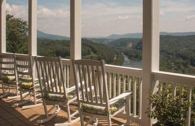 Inn At Riverbend Bed and Breakfast
