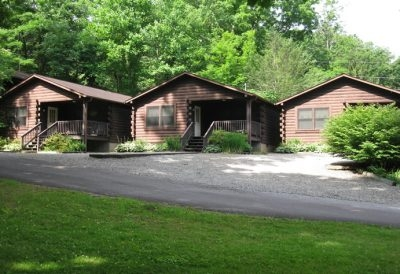 Tanglewood Motel and Cabins