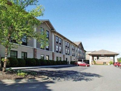 Quality Inn & Suites University Boone