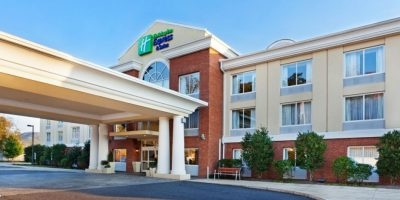Holiday Inn Express & Suites Sylva