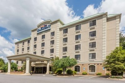 Baymont Inn and Suites Asheville/Biltmore Hotel