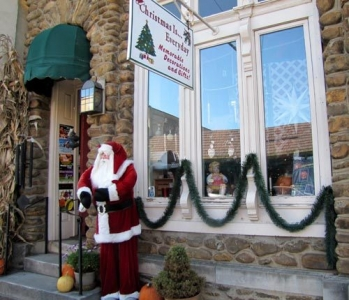 Christmas Is Everyday Shop in Waynesville, NC