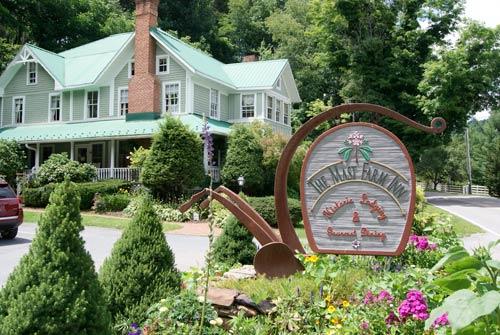 The Historic Mast Farm Inn Valle Crucis North Carolina